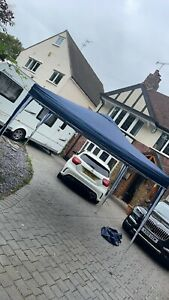 pop up gazebo 3x3m ONLY BEEN USED TWICE