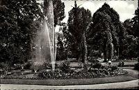 Pforzheim alte Ansichtskarte ~1950/60 Partie im Stadtgarten Teich mit Fontäne