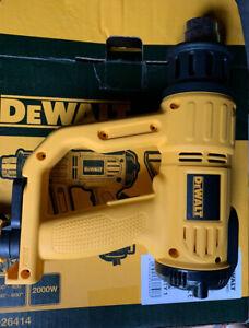 DeWALT D26414 Heatgun Digital LED Premium Heatgun 240v 2000W D26414-GB
