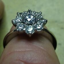 platinum round traditional petal shape diamond 1ct cluster ring weddfit D/E VS
