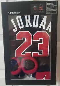Nike Air Jordan 3 Piece Newborn Box Set 0-6 months New Shirt Booties Shoes NEW