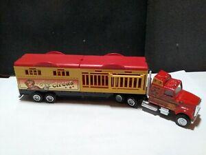 Majorette circus truck semi 1/87scale