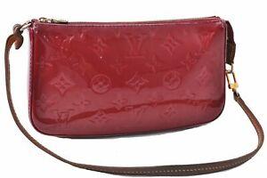 Authentic Louis Vuitton Vernis Pochette Accessoires Pouch Red M91577 LV D4508