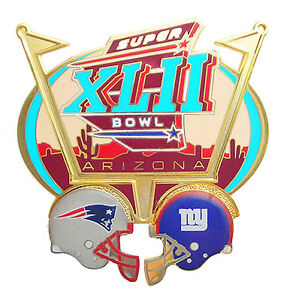 2008 Super Bowl XLII NFL Dueling Helmets Pin - NE Patriots vs NY Giants