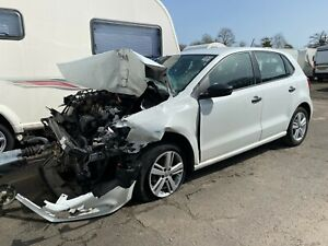 2017 17reg Vw polo se 1.0 5 door damaged
