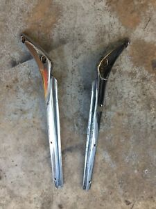 TRIUMPH TR2 TR3 USED WINDSHIELD STANCHION POST SET DZUS STYLE