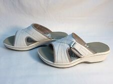 Clark's Womens Slides White, Size 7M US B
