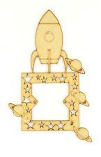 LASER CUT dettagliate SPAZIO RAZZO Interruttore Della Luce Surround con dettagli tagliato Stella