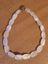 Diseñador de lujo blanco perla dinero Piedra Gem Collar sin firmar Gerda lynggaard