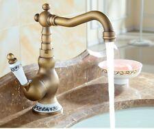 Antique Brass Single Ceramic Handle Bathroom Wash Basin Faucet Mixer Tap 8nf511