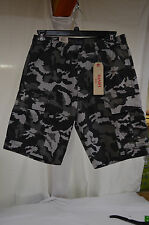 Mens Shorts sz 38 LEVIS Carrier Cargo Camouflage Sits Below Waist&Above Knee NWT