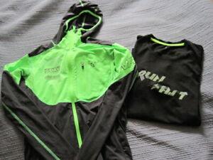 Dynafit Jacke/Skitourenjacke Jungen mit Aufdruck,Grün/Schwarz,Gr. S,T-Shirt