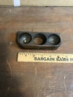 Vintage Victor Victrola VV-XI -A-443189 PHONOGRAPH Wooden Needle Holder