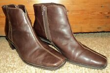 Bass DeeDee Ankle Boots women's size 8 M brown side zip leather shoes 34036-1