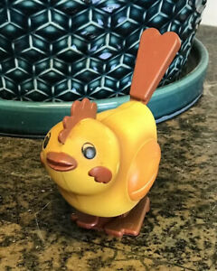 """Vintage Wind-Up Toy Chicken Baby Chic Hopping Rooster 3.75"""""""