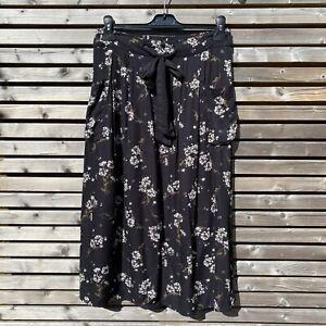 Fat Face Size 12 Black Floral Lightweight Viscose Midi Skirt VGC Pockets