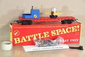 TRIANG HORNBY R566K BATTLE SPACE  SPY SATELLITE LAUNCHING CAR BOXED nv
