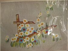 Daisy Field Sealed Crewel Embroidery Kit Vogart Crafts Vintage 1974 12x16