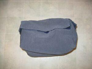 1 American Airlines Demo Kit , Life Vest  , Mask . Seat Belt .Safety Card 757 &