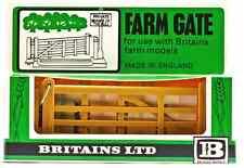 1:32 Britains Herald # 1731 - Farm Gate - unpainted plastic - mint in box