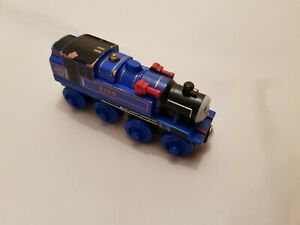 Thomas The Tank Engine & Friends WOODEN BELLE WOOD TRAIN COMBINED POSTAGE
