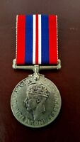 WW2 WAR SERVICE MEDAL 1939-1945 Awarded to R.GUNN
