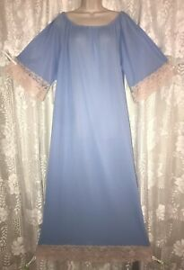 Vtg Sky Blue XL 1X On or Off the Shoulder Long Nylon Nightgown w Ivory Lace Trim