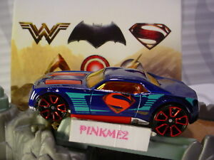 2018 JUSTICE LEAGUE Design SUPERMAN BULLY GOAT blue/red LOOSE Hot Wheels✰DC
