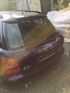 Audi A4 Avant B5 Heckklappe Dunkelblau Metallic Metallik