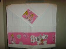 WHITE HAND TOWEL & FACE CLOTH SET PINK BARBIE DOLL  APPLIQUE DESIGN