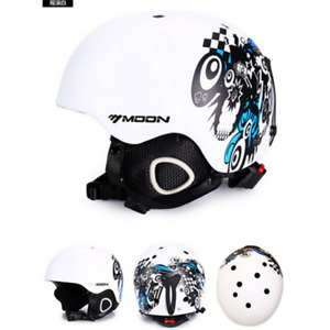 MOON Skiing Helmet Winter Snowboard Skateboard Snow Sports Safty Helmets 52-64cm