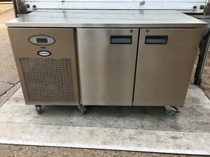 FOSTER 2 DOOR REFRIGERATED PLAIN TOP MOBILE COUNTER
