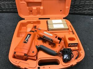 PASLODE IM250/IM65 ANGLED 2ND FIX BRADDER.TOOL 583 WITH /2 BATTERIES FULL KIT