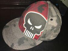 MARVEL THE PUNISHER MEN'S red Gray DIGITAL CAMO FITTED HAT CAP Black SKULL L/XL