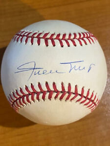 Beautiful!!  Willie Mays - Signed Rawlings National League Baseball - JSA Letter