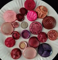 Vintage TEXTURED MID CENTURY SHAFT BUTTONS 20 Assort Shades/Sizes Reds