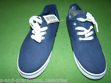 Mens Canvas Deck Shoe/Plimsoll Navy Size 11