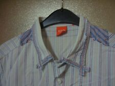 superbe chemise Hugo BOSS très originale  taille M manches longues