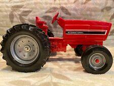 Vintage 1:16 Ertl Die-cast International Red Farm Row Crop Tractor STK 415