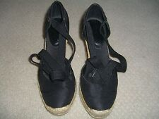 Franco Sarto Black Pre-Owned Canvas Wedge Size 6 M