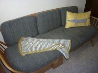 Ercol Blonde Day Bed/Sofa Studio Couch Retro Vintage Design 355 Beech & Elm