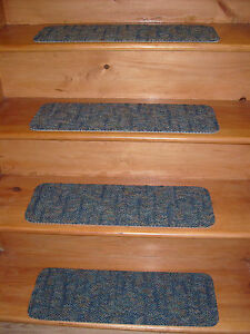 """13 Step  8"""" x 24'' Indoor  Stair Treads  Staircase  Rug Carpet ."""