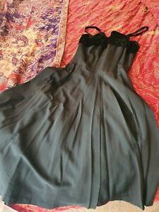 Genuine 1950s vintage black taffeta and velvet evening dress. Size 10