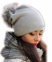 Damen Mütze Winter I Frauen Beany Strickmütze I Beanie mit KunstFellbommel