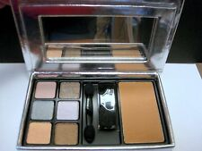 Elizabeth Arden Six Eyeshadows & Bronzing Powder Palette in Medium - Brand New