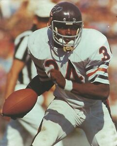 WALTER PAYTON 8X10 PHOTO CHICAGO BEARS NFL FOOTBALL CLOSE UP ACTION