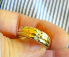 MANS COMFORT FIT GOLD & 3 DIAMOND RING LARGE SIZE 11