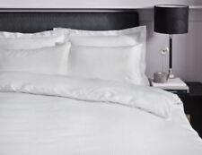 Linge de lit et ensembles à motif Rayé moderne en satin