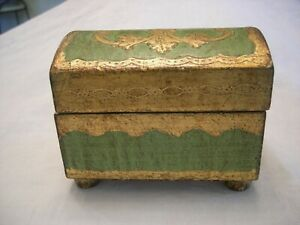 Vintage ITALIAN FLORENTINE DOMED BOX Green and Gold Knob Feet