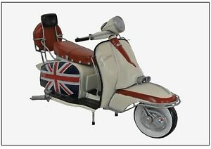 Model 1966 lambretta 200sx Special Tin Plate Scooter Ornament with flag livery